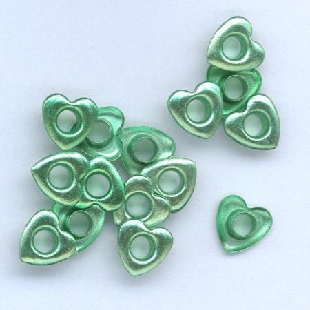 H&C: eyelet; Heart 10 mm, 15 stuks green