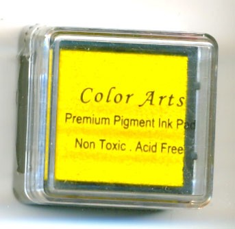 Color Arts Stempelkussen: 30 x 30 mm; yellow