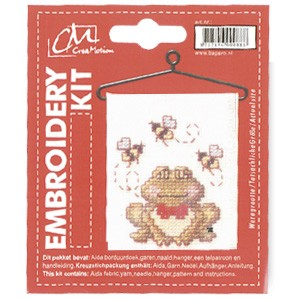 CM: Embroidery Kit; Frog